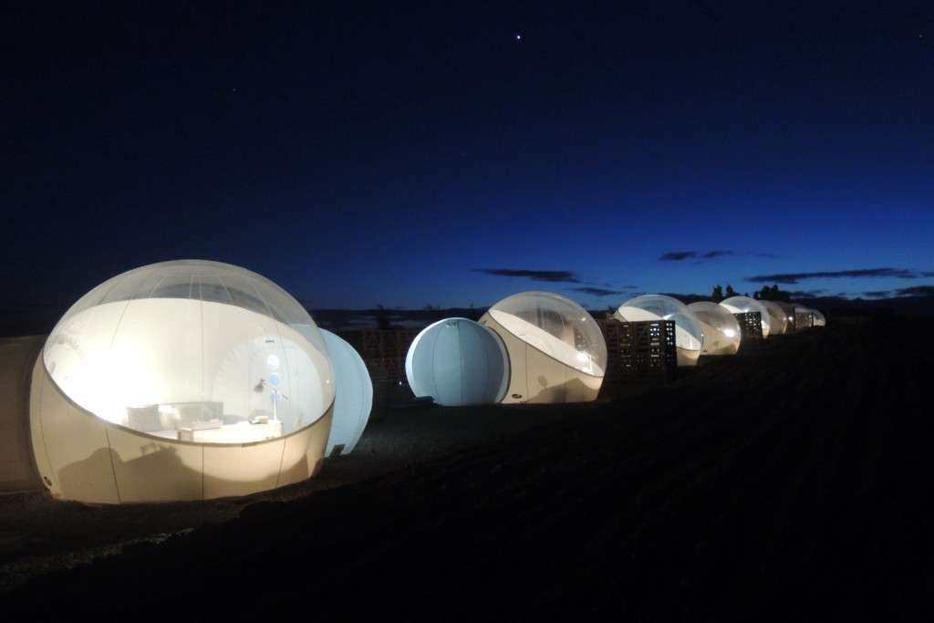Refugio lunar en pleno desierto