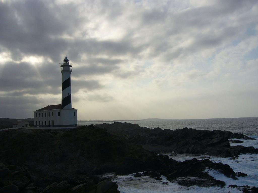 Los faros, 'salvavidas' de la costa 15