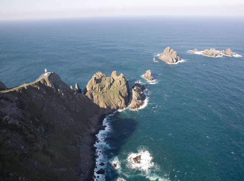 Los faros, 'salvavidas' de la costa 25