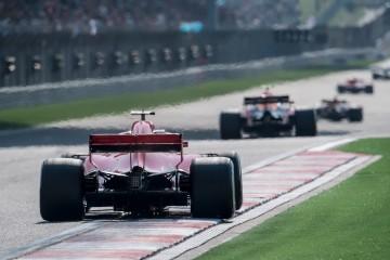 Fórmula Uno: Sólo te faltará subirte a un monoplaza 15