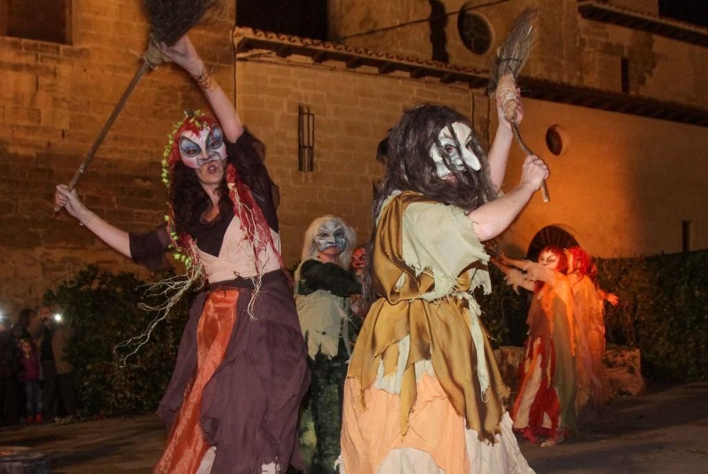 Pueblos con encanto y brujas 2