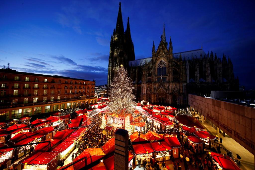 Ciudades que iluminan la Navidad 2