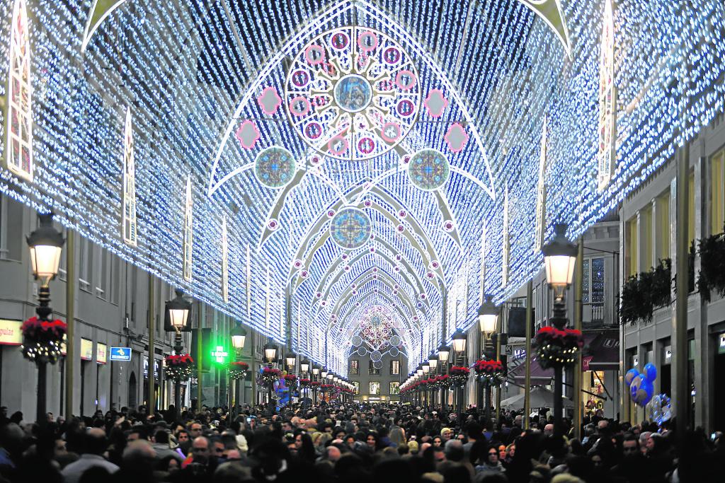 Ciudades que iluminan la Navidad 4