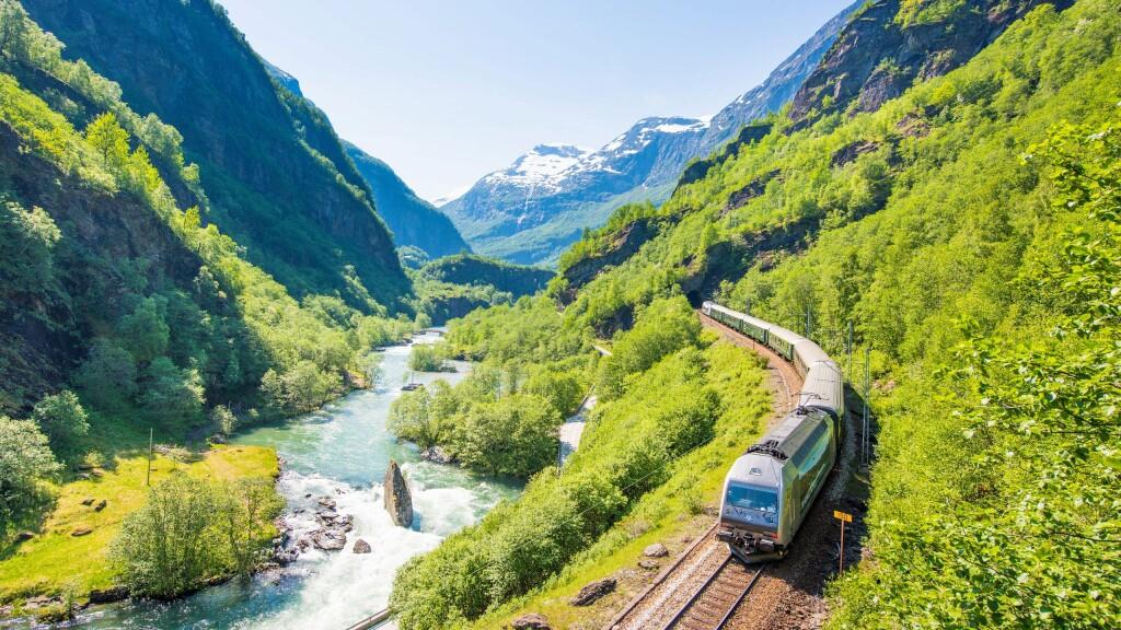 Año del Ferrocarril, grandes viajes en tren 1