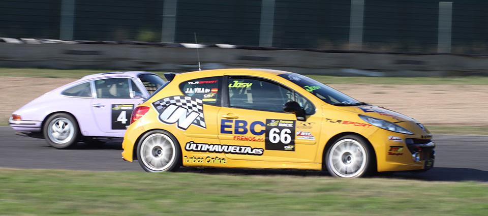 Rugen los motores en el Circuito del Jarama – RACE 1