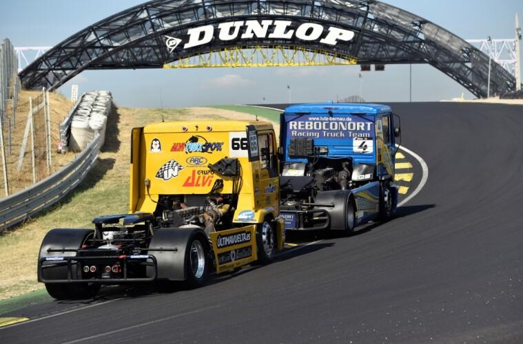 Rugen los motores en el Circuito del Jarama – RACE