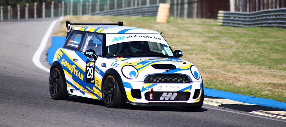 Rugen los motores en el Circuito del Jarama – RACE 8