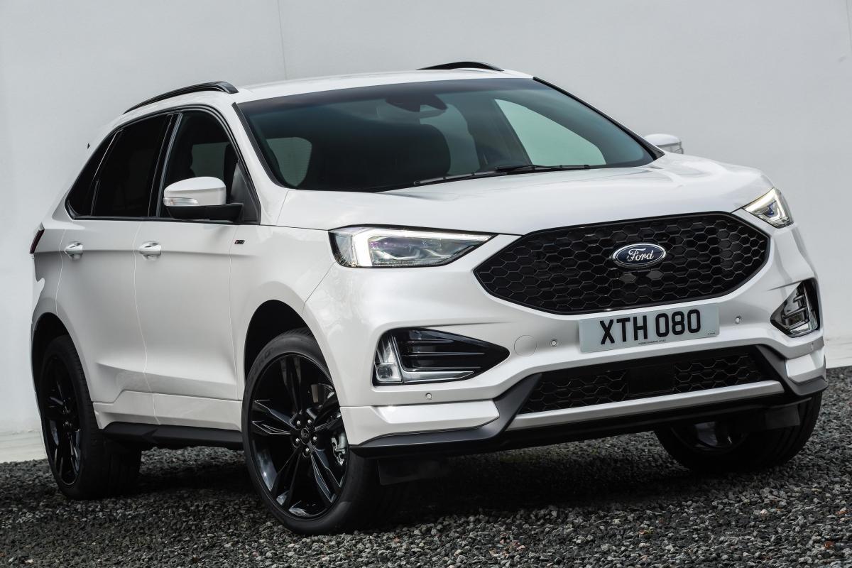 2018 Ford Edge 16