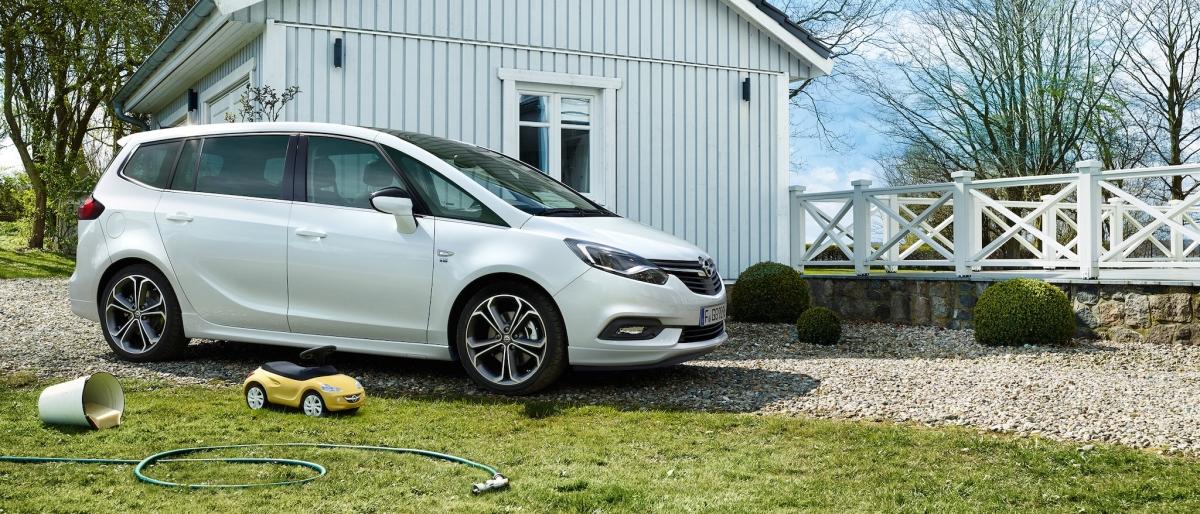 Opel Zafira Exterior 21x9 za18 e02 007