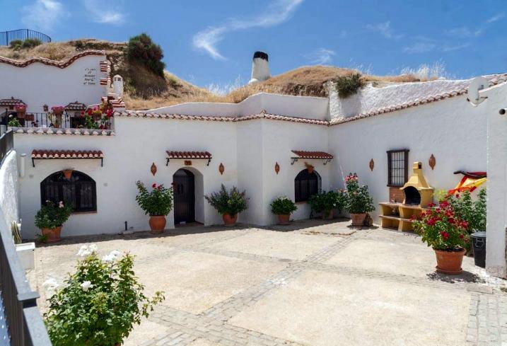 17 Guadix. Casas-cueva