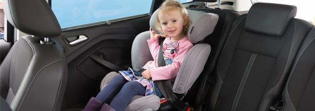 La importancia de utilizar sillas de coche para ni os race for Silla de seguridad coche
