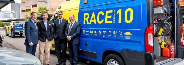 El RACE muestra su nueva flota de vehículos de ayuda y rescate