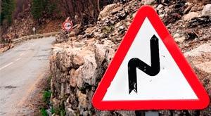 Perfil carretera con tramos de riesgo
