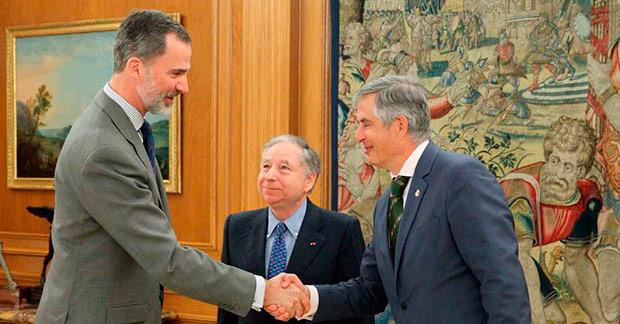 S.M. el Rey recibe a Carmelo Sanz, presidente del RACE, y a Jean Todt, presidente de la FIA