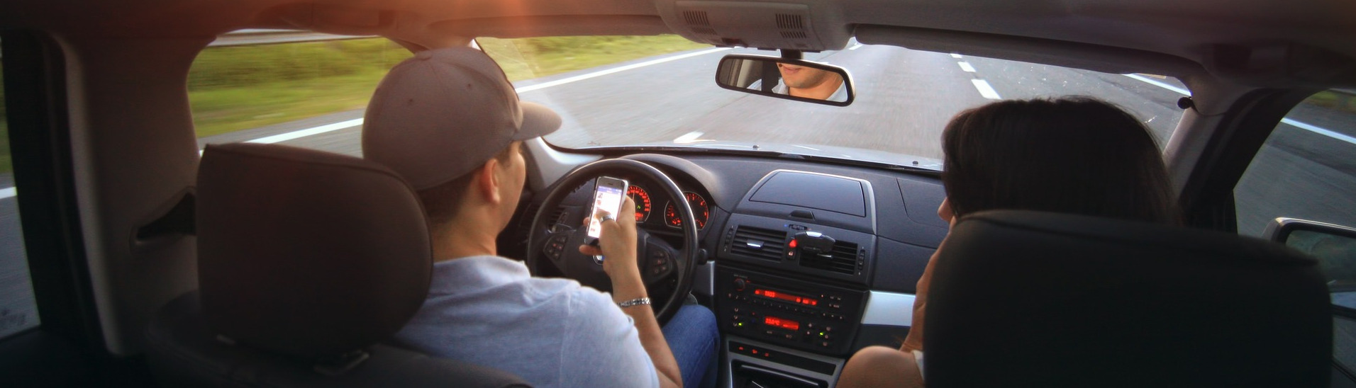 Uso móvil durante conducción