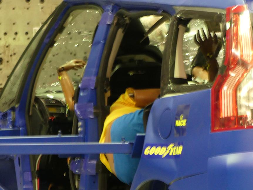 Crash test posiciones incorrectas al volante